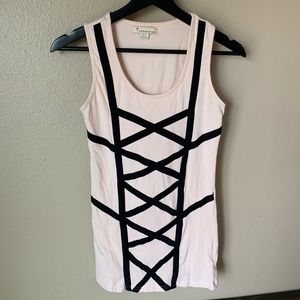 Peach tank by forever 21